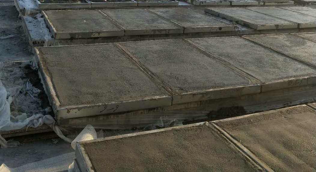 钢骨架轻型板的竞品彩钢板的漏雨水原因