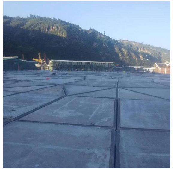 大跨度钢结构公共建筑的屋面设计原则
