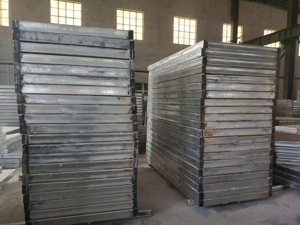 钢骨架轻型板和泡沫混凝土