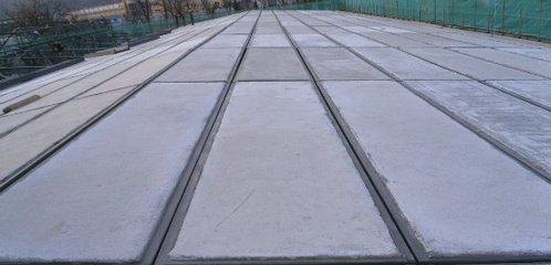 钢骨架轻型屋面板安装施工的嵌缝要点