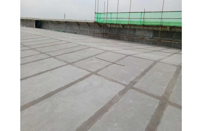 钢骨架轻型板工厂定制与钢结构预安装