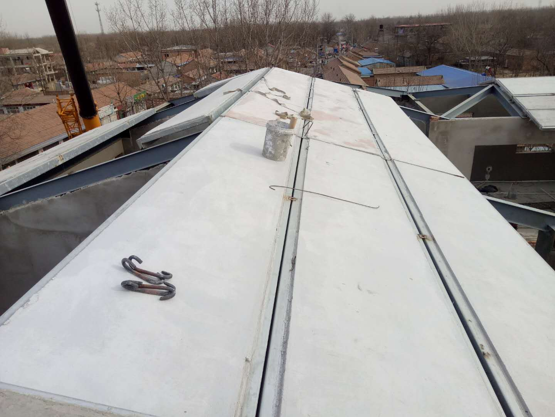 鋼骨架輕型泄爆屋面板